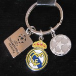 real madrid llavero relieve 3 en 1 55