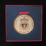liverpool medalla campeon dorada 5